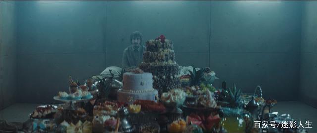 《饥饿站台》作为一部场景单一的电影 还是有很多可圈可点的地方