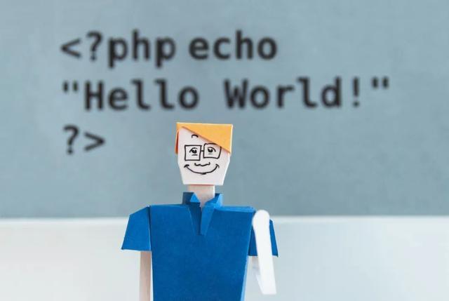 """此代码只有16个字符!这可以说是""""最简单的""""HelloWorld程序之一"""
