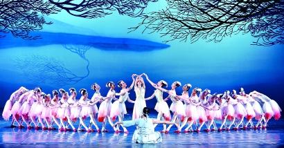 """经典舞剧《朱鹮》代表着上海演出行业冰封期后的""""再出发"""""""