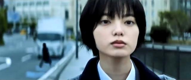 漫改电影「三角窗外是黑夜」正式预告公开,将于1月22日上映!