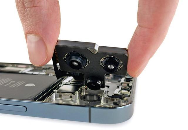 iPhone 12 Pro Max与iPhone 12有何区别?iPhone 12 Pro Max 实机拆解