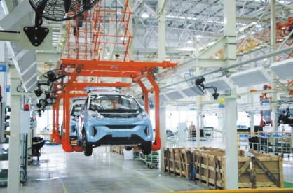 新能源汽车市场被看好 2021年国内新能源车销量有望达200万辆
