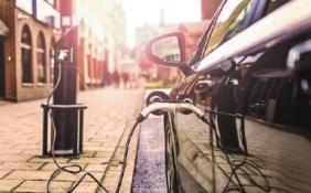 多家车企布局充电站领域 自建桩会成品牌跃迁的分水岭吗