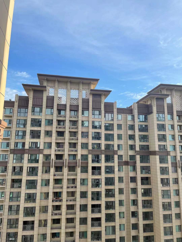 中国恒大上半年净利同比下降29%-39% 房地产开发业务亏损约40亿