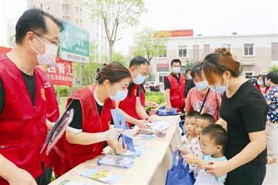 西青区加大社区宣传和环境卫生清整力度 不断优化人居环境