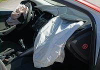 车祸严重气囊未弹出 大众汽车安全气囊被质疑存质量和设计缺陷
